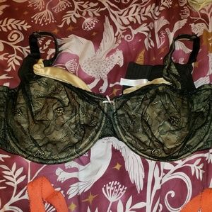 Black and Tan Cacique 44G Bra